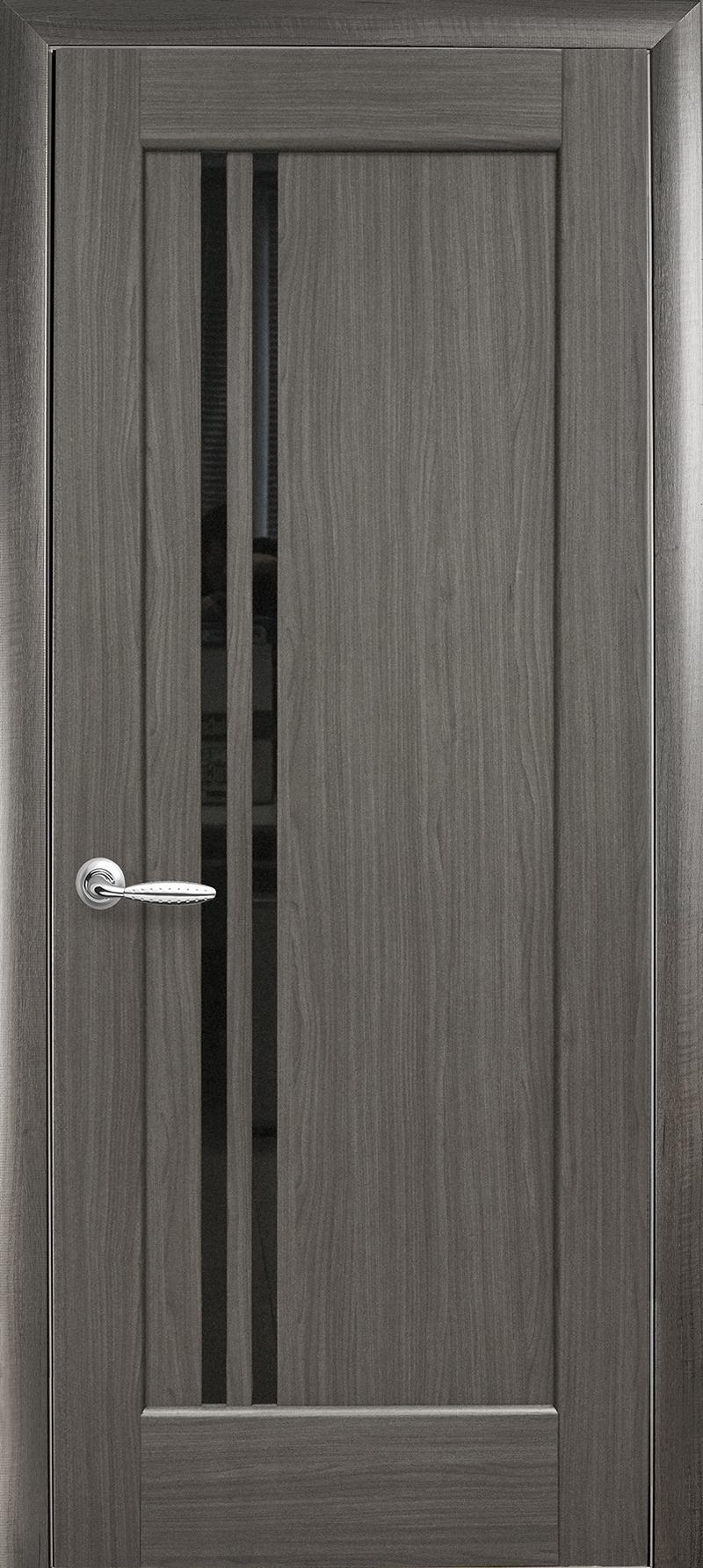 Межкомнатные двери Делла с черным стеклом