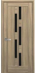 Межкомнатные двери Лаура с черным стеклом, ПВХ DeLuxe Золотой дуб