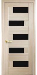 Межкомнатные двери Пиана с черным стеклом, ПВХ DeLuxe Ясень